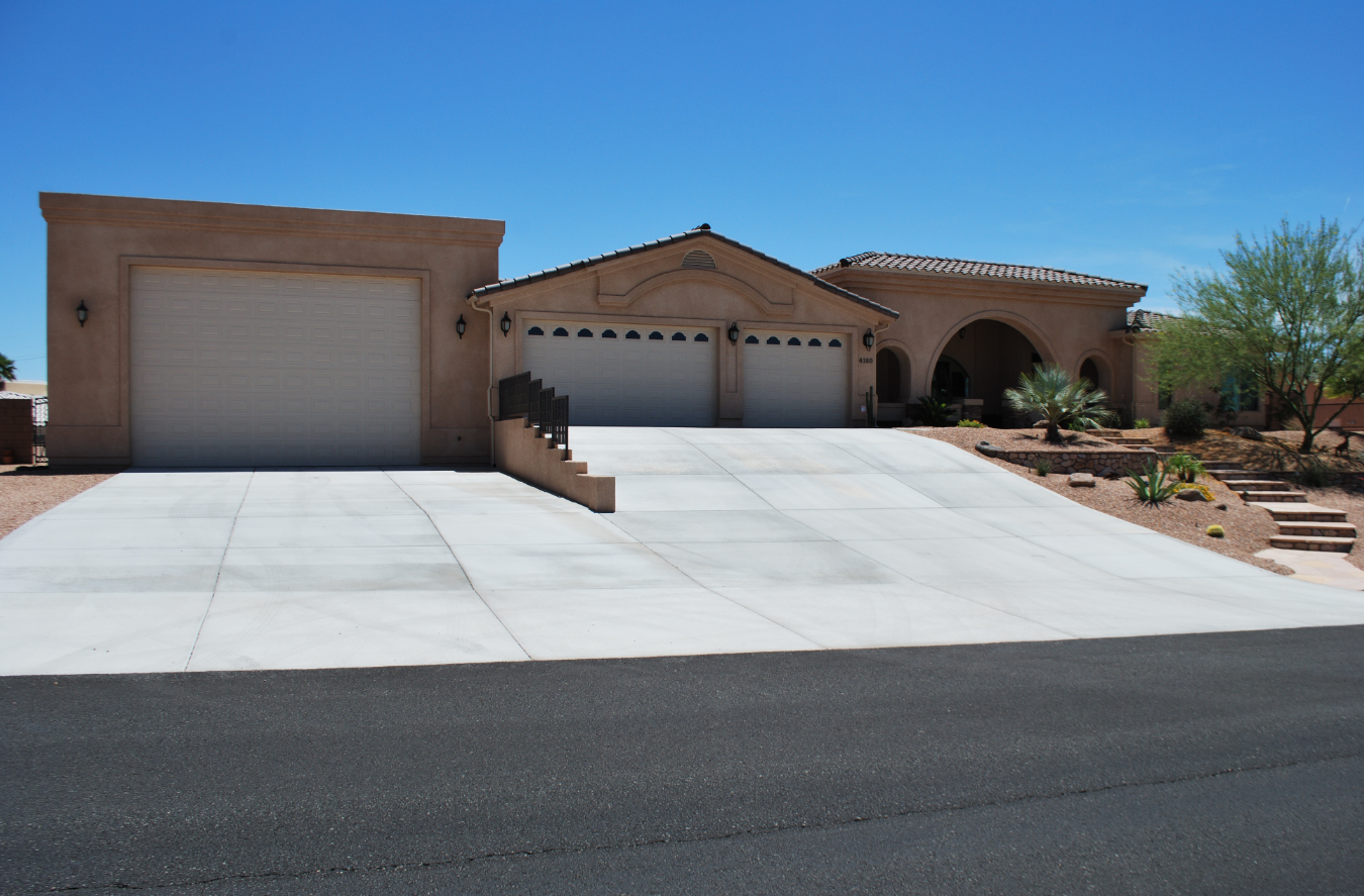 Lake havasu homes with rv garage lake havasu home for Rv garage