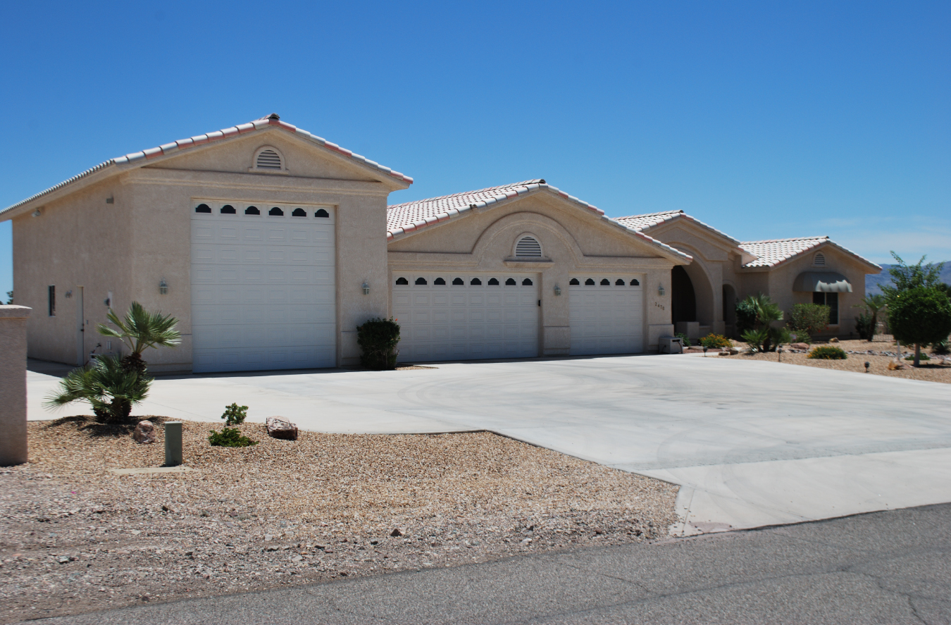 Lake havasu home builder tom burns builders havasu for Housing builders